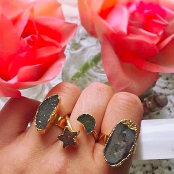 8 pieces of Druzy jewelry that will get you obsessed with this glittery trend