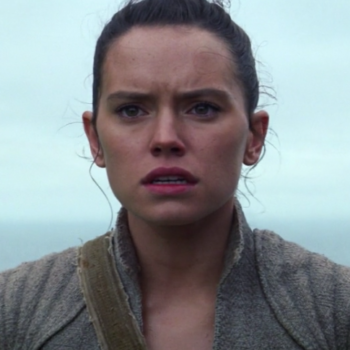 "There's something unsettling about Rey in the ""Star Wars: The Last Jedi"" image, and now we're so worried about her"
