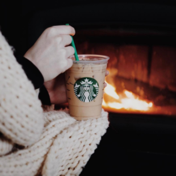 The new ombre drink from Starbucks is mesmerizing