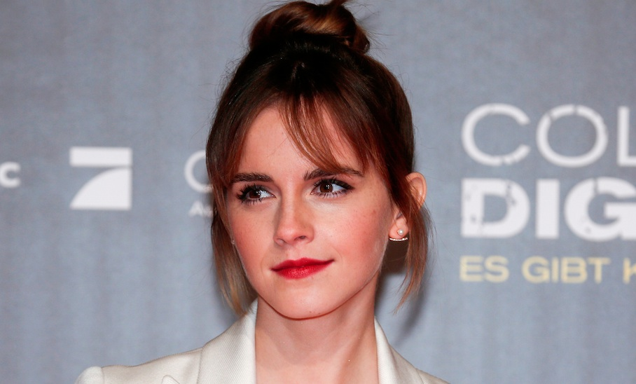 "Emma Watson's super stylish black ""leather"" outfit is completely cruelty-free"