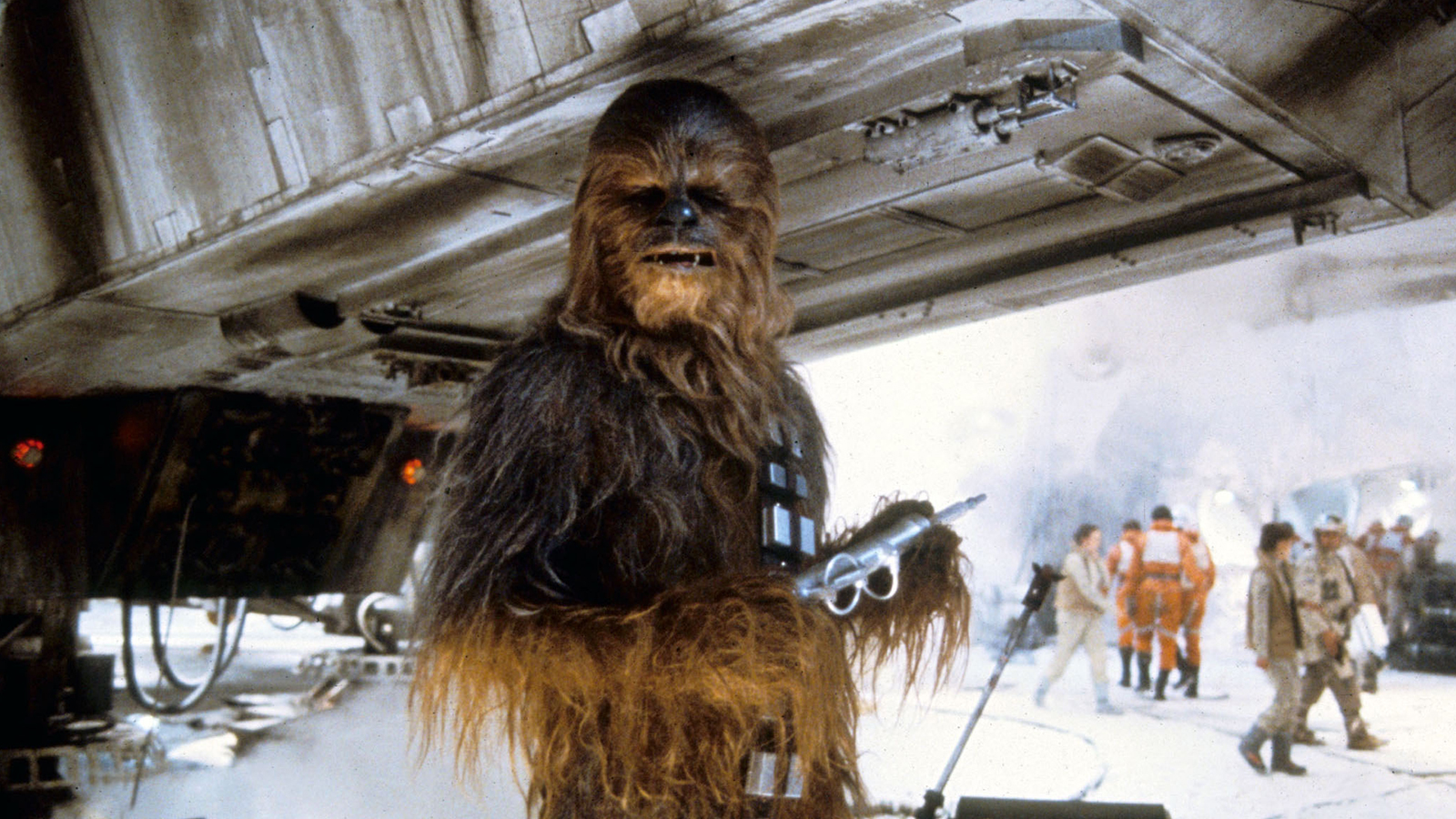 The *new* Chewbacca just penned a touching tribute to the OG Chewbacca, Peter Mayhew