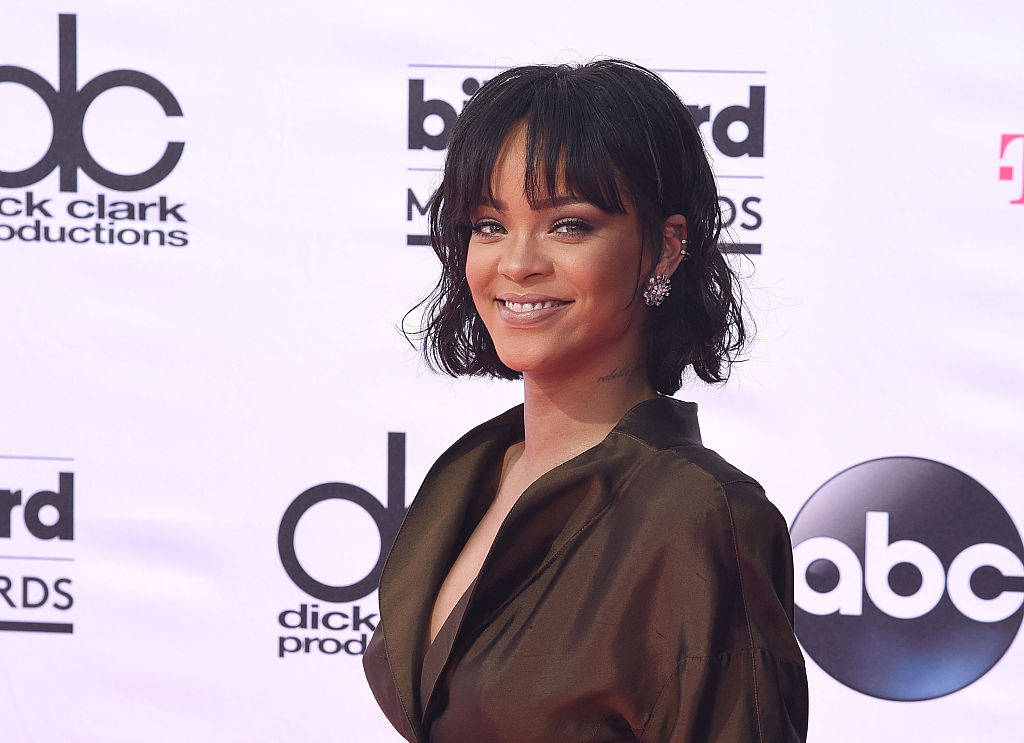 Rihanna will receive Harvard's Humanitarian of the Year Award, and we're super excited about it