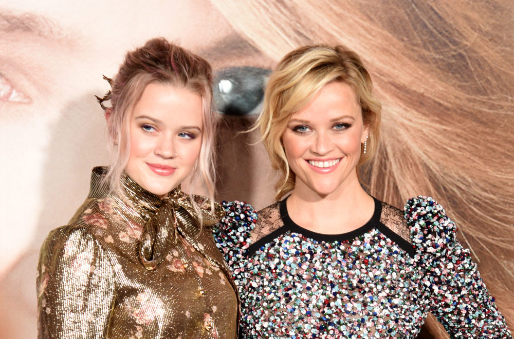 Reese Witherspoon was basically her daughter Ava's twin at the 1997 Oscars