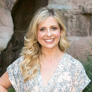 Sarah Michelle Gellar's mammogram pic at the doctor's office is important for so many reasons