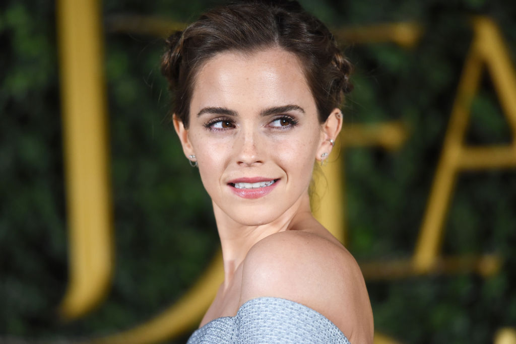 "Emma Watson looks like a ""Star Wars"" character in the dress she wore to the ""Beauty and the Beast"" premiere"