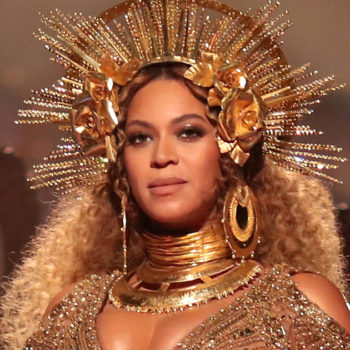 Beyoncé has a secret Snapchat, and people are totally going crazy trying to find it