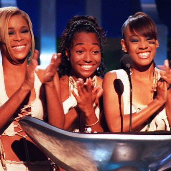 """""""The Voice"""" coaches covered TLC's """"Waterfalls,"""" and it's freaking awesome"""