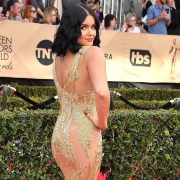 Ariel Winter is looking fierce and foxy on the set of her new photoshoot