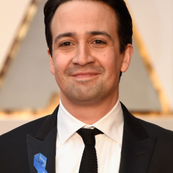 Lin-Manuel Miranda brought his mom to the Oscars, and they were the cutest couple on the red carpet