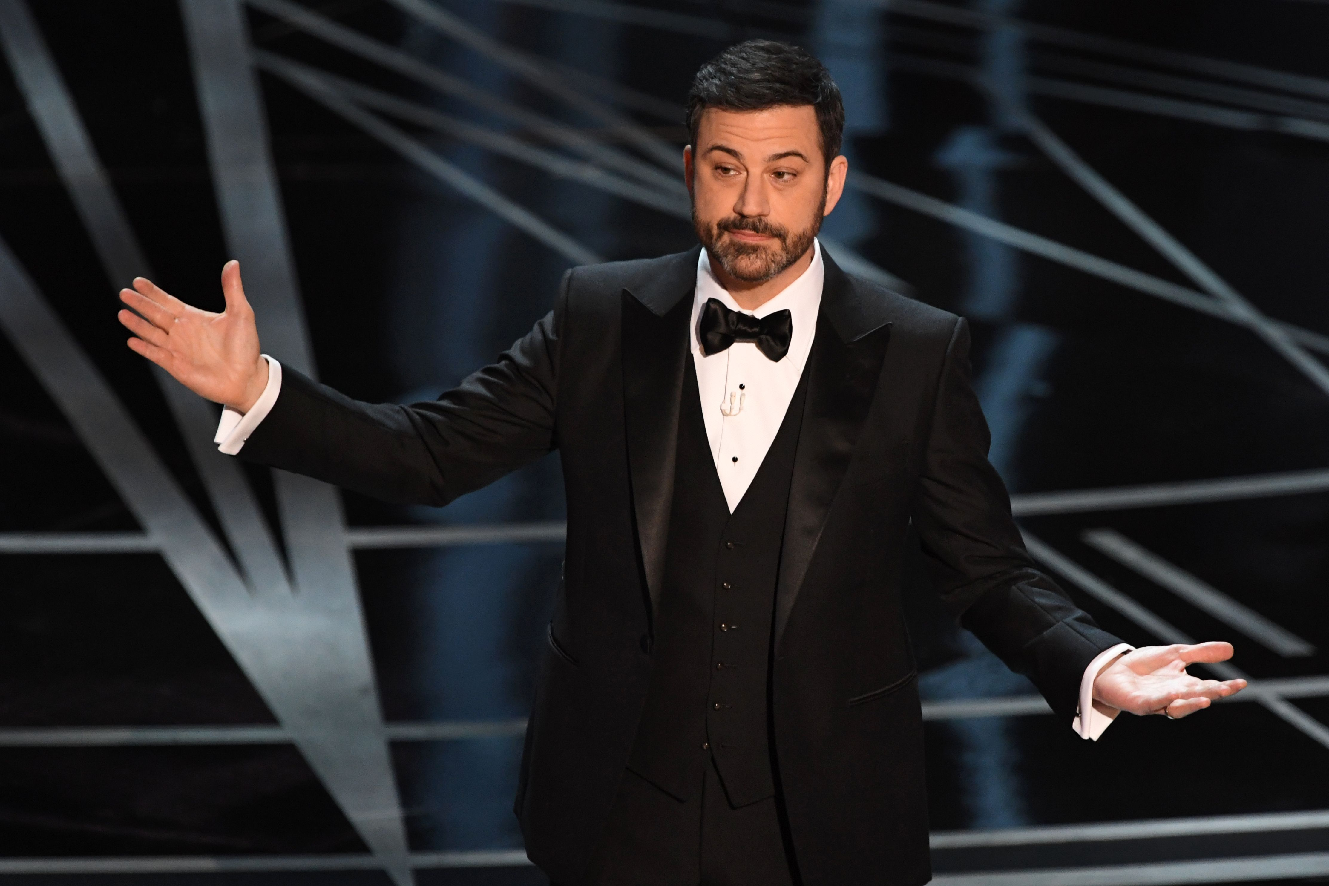 Jimmy Kimmel makes a good point about unity during his Oscar monologue (and then tries to make nice with Matt Damon)