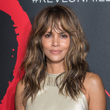 We must discuss Halle Berry's flawless hairdo at the Oscars