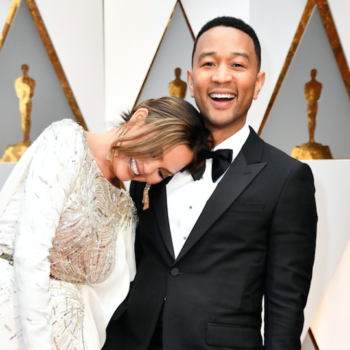 Chrissy Teigen looked like she was sleeping during Casey Affleck's Oscar win, and the internet has theories