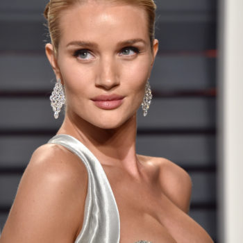 Rosie Huntington-Whiteley just won maternity evening wear at this Oscars after-party