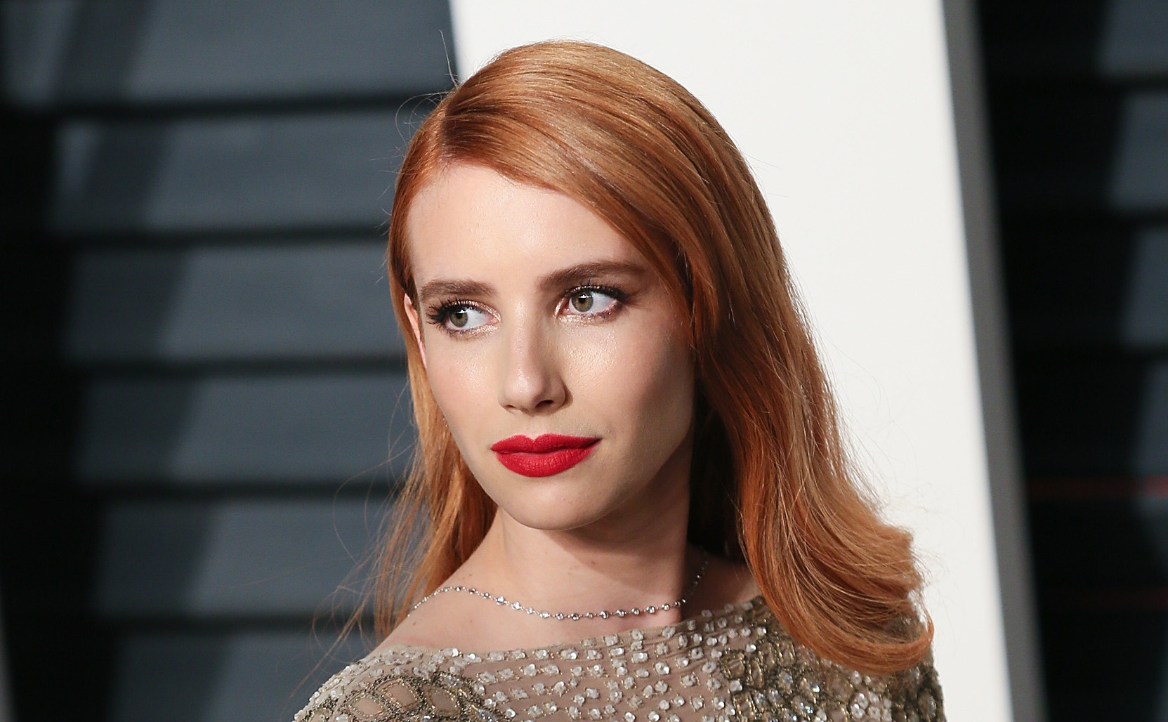 """Emma Roberts became a bejeweled reptile in her """"Vanity Fair"""" party dress"""