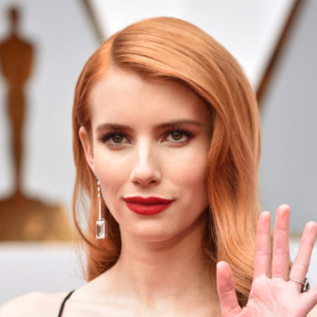 Emma Roberts channeled '40s femme fatale Veronica Lake at the Oscars