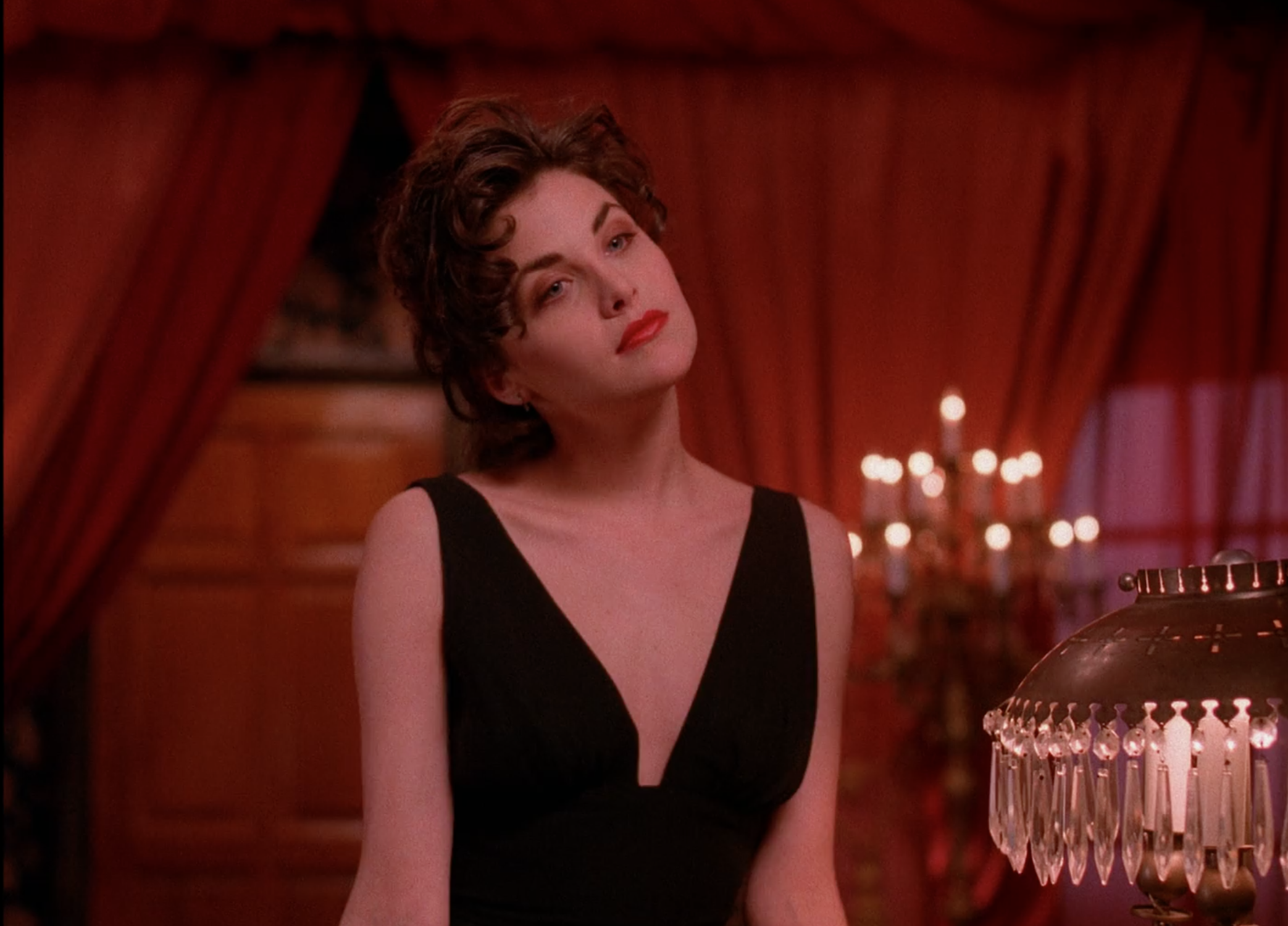 This Quot Twin Peaks Quot Inspired Runway Show Would Make Audrey