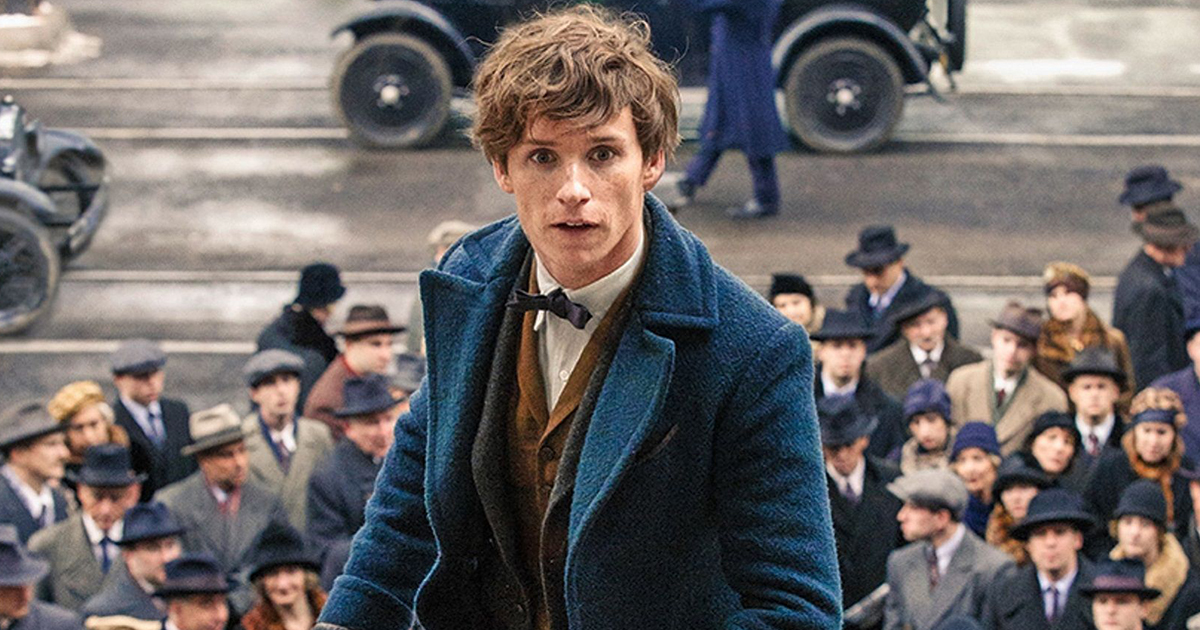 "J.K. Rowling shared the smallest ""Fantastic Beasts"" preview, and fans totally freaked out"