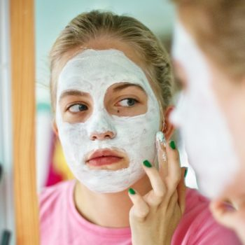 Does baking soda help with acne? We asked actual skin care experts so you don't have to
