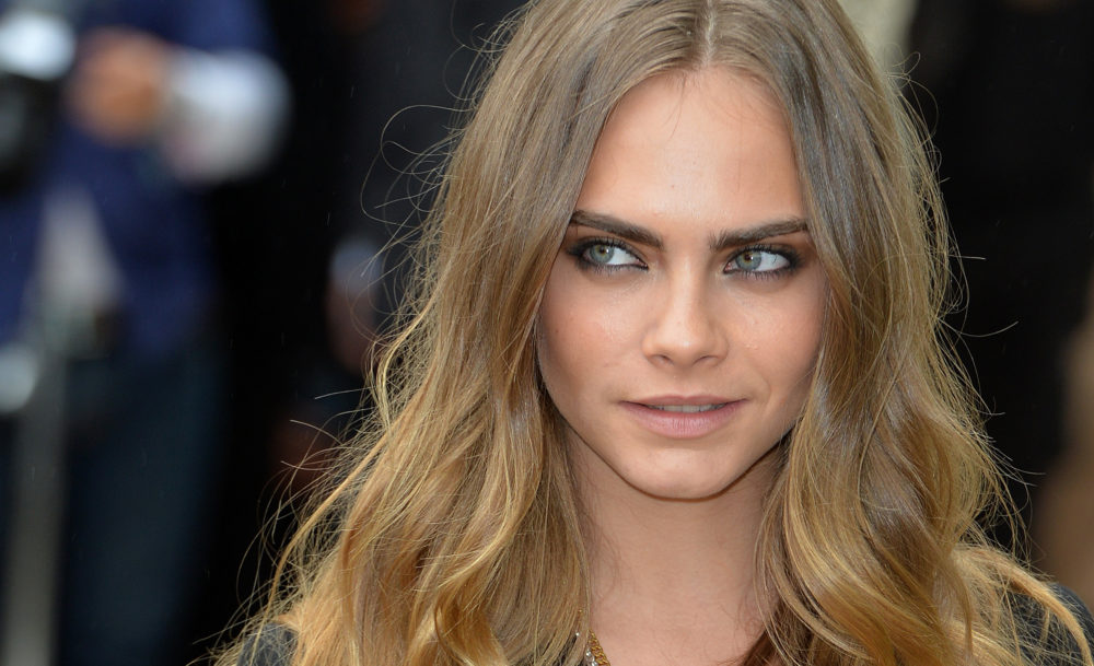 Cara Delevingne's dad has a time-traveling doppelgänger, and the internet's mind is blown