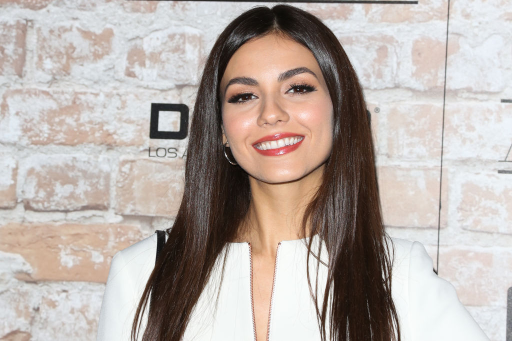 Victoria Justice just one-upped the suit trend in a majestically blazing pink look