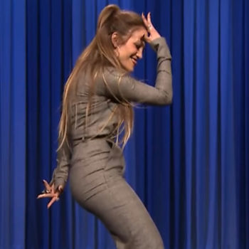 Jennifer Lopez dominated this dance battle, making Fly Girls everywhere proud