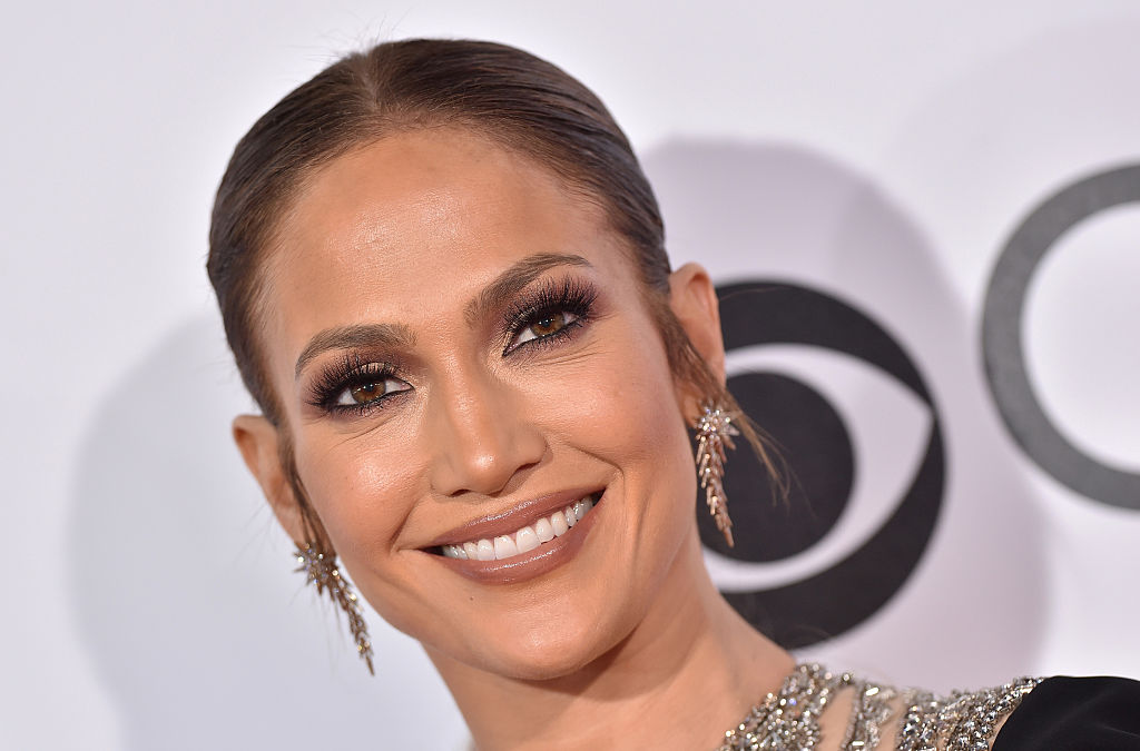 Jennifer Lopez revealed who her favorite onscreen kiss was, and we're a bit surprised