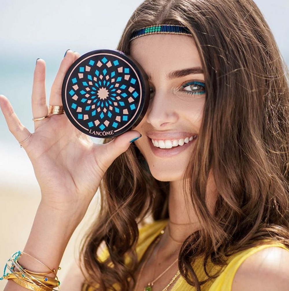 Lancôme's new Summer Swing collection will make you feel like you're on a tropical vacation