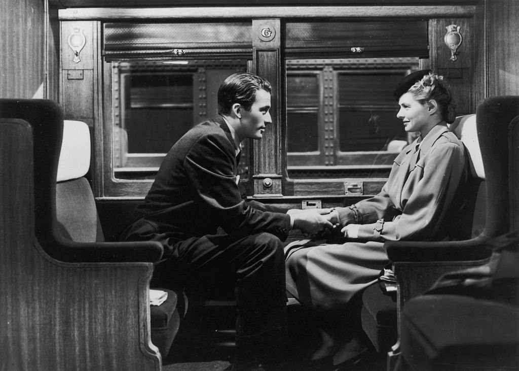 This viral proposal on a train is going to make you want to hit the rails looking for love
