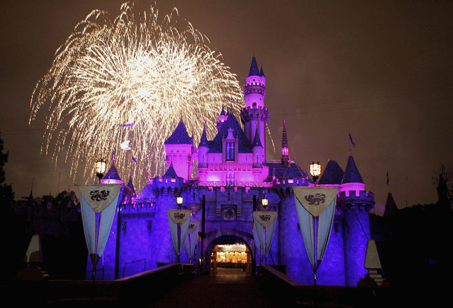 10 ways to beat the lines at Disneyland like a pro!
