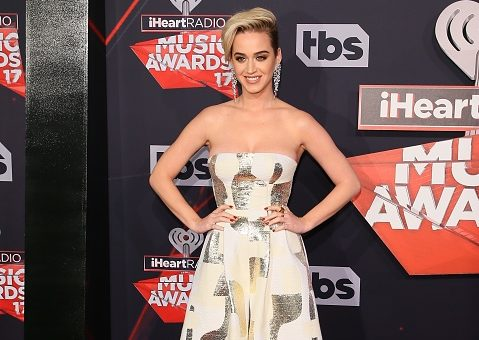 Katy Perry's first post-breakup red carpet look at the iHeartRadio Music Awards was seriously next level