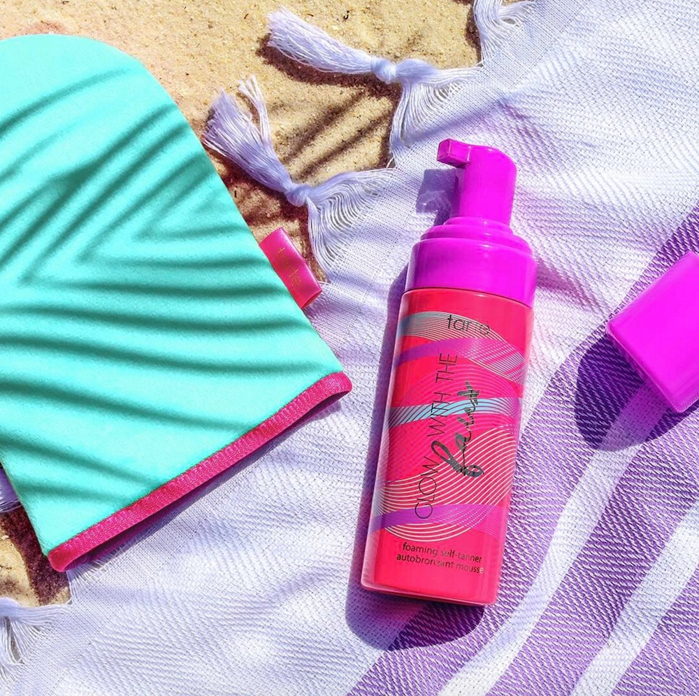 Tarte Cosmetics launched a faux foaming self-tanner, and we are ready for our next tropical vacay