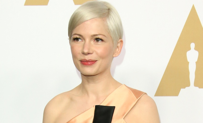 Michelle Williams' leather dress makes her look like a '90s punk-rock princess