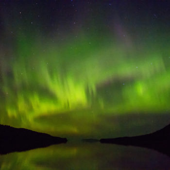 This couple's Northern Lights proposal photo will melt even the coldest, most cynical heart