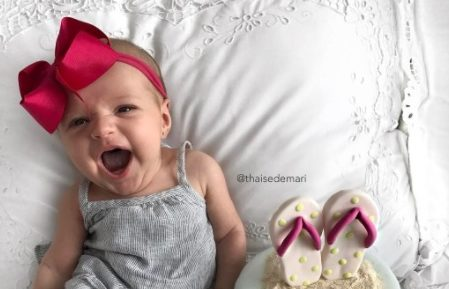 This mom took a selfie with her baby after a C-section, and they have adorable matching smiles