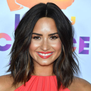 "Demi Lovato getting slimed at the ""Kids' Choice Awards"" is making our fashion-loving hearts break"