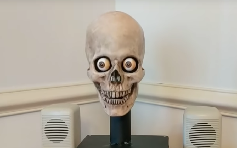 This guy used an old Halloween skull decoration to turn his Alexa into something extremely unsettling