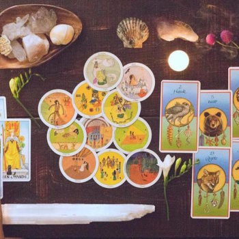 Pick a card: We talked to tarot reader Lindsay Mack about everything tarot you need to know