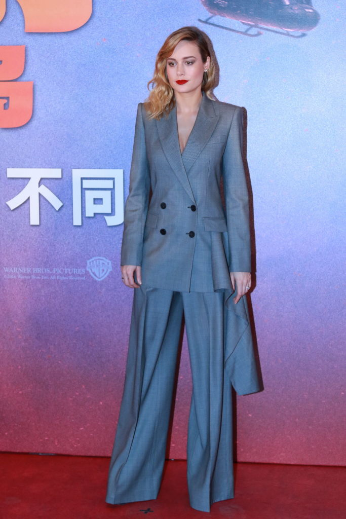 Straight Line Performance >> Brie Larson's suit has a tail, BUT it's a boss-lady tail