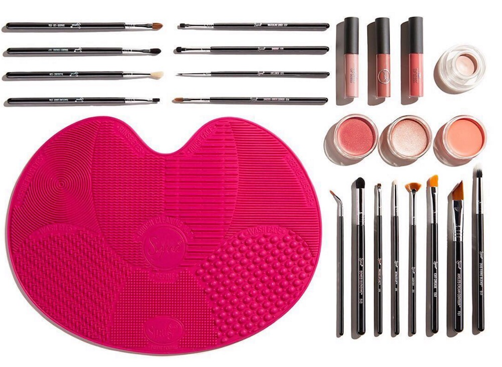 Restock alert: Sigma Beauty brought back their popular mystery haul boxes
