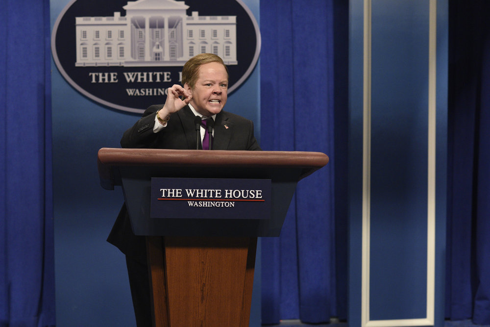 """SNL"" is doing something it has *never done* before and we are so pumped"