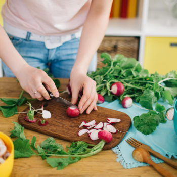 How to eat healthy when you're broke (yep, it's possible)