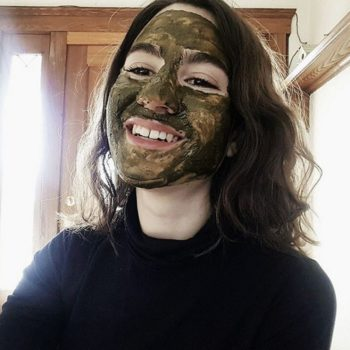 This simple DIY matcha-infused face mask will soothe dry, irritated skin during this transitional season