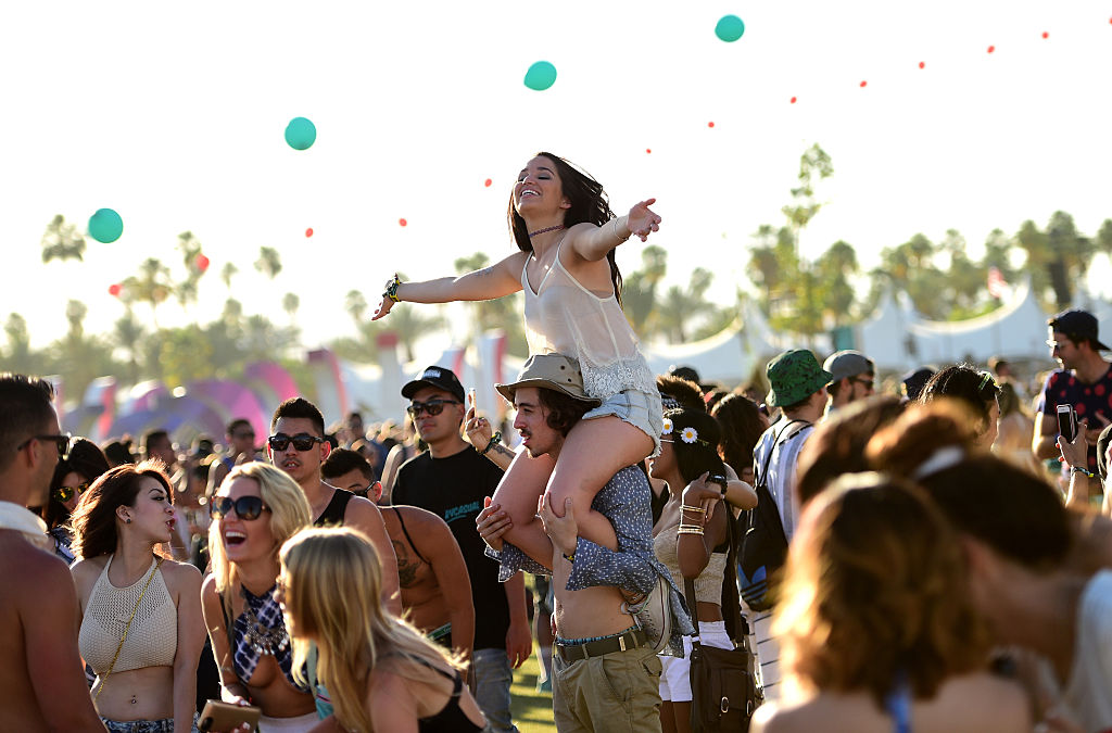 Here's what you should know about that Coachella-themed Urban Outfitters look