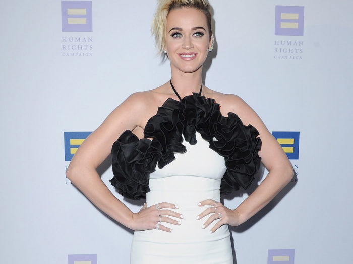 did katy perry really kiss a girl № 335448