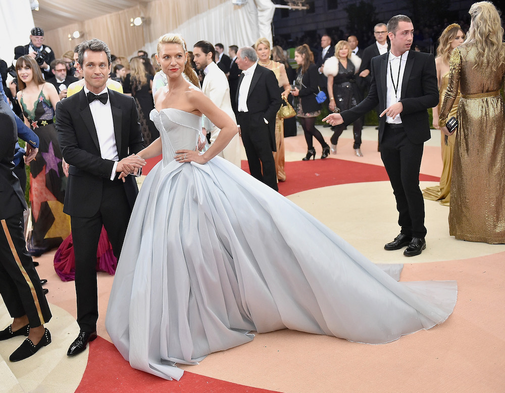 Remember Claire Danes S Glowing Met Gala Gown Now You Can
