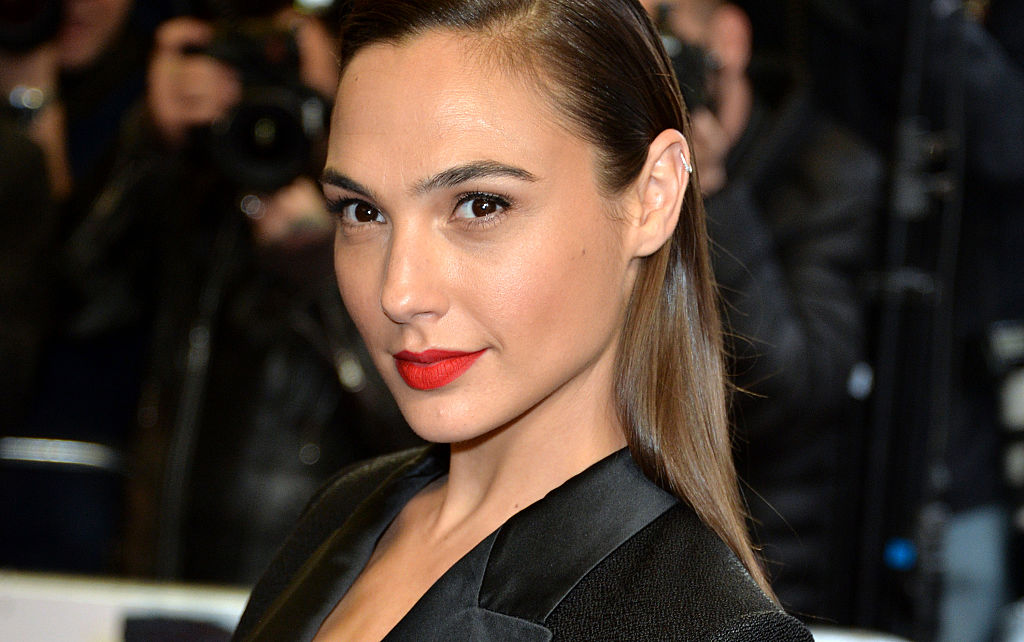 "Gal Gadot announced her daughter's birth with a sweet nod to ""Wonder Woman"""