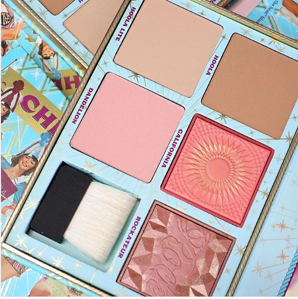 Benefit Cosmetics blessed us mortals with their new Cheek Parade Blush Palette