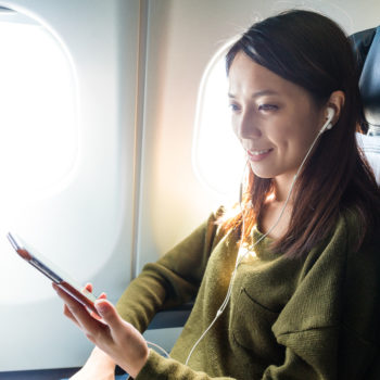 If you fly to these countries, you will no longer be allowed to use an electronic device on an airplane