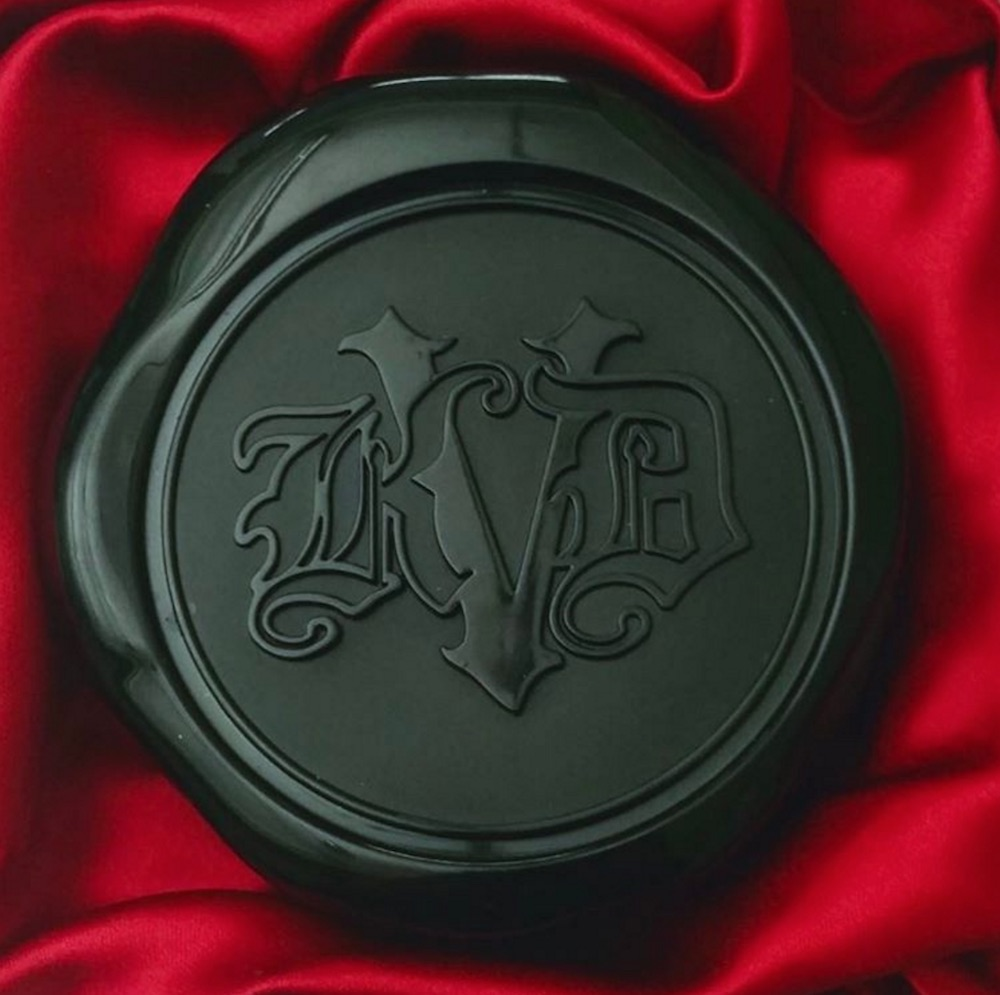 Kat Von D Beauty is releasing a Lock It Blotting Powder, and it will transport you to Shakespeare times
