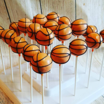 11 recipes for March Madness snacks, because we all know food is more entertaining than basketball